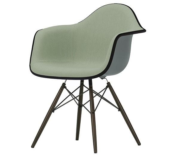 Køb Eames Armstol DAR + FRI fragt Olai Furniture